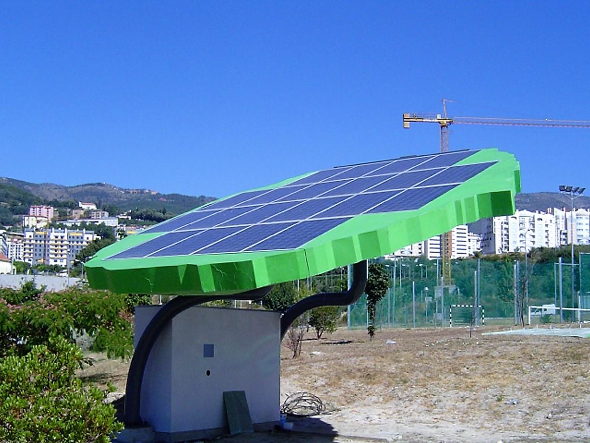 Feuille avec panneaux photovoltaïques